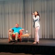 Neda Boin geweldige zangeres indrukwekkende performance